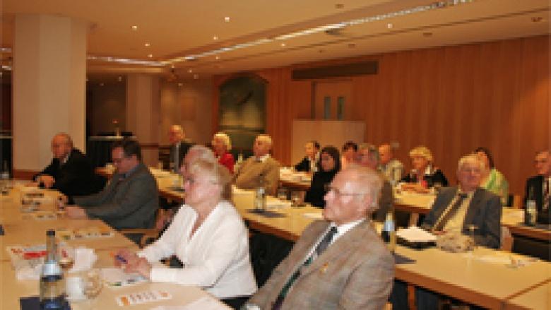 Die Besucher des OMV-Delegiertentreffens wurden über die aktuellen Themen der Vertriebenen- und Aussiedlerpolitik informiert.