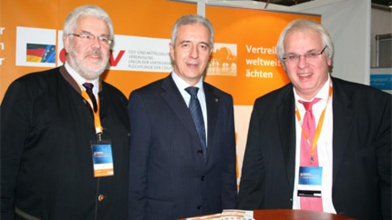 (v.l.n.r.) Volker Schimpff, Ministerpräsident des Freistaates Sachsen Stanislaw Tillich MdL, Klaus Schuck
