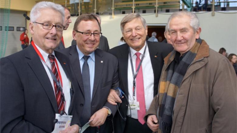 Mit Parlamentserfahrung im Warschauer Sejm bzw. im Deutschen Bundestag: (v.l.) Helmut Nowak, Ryszard Galla, Helmut Sauer und Helmut Paisdzior