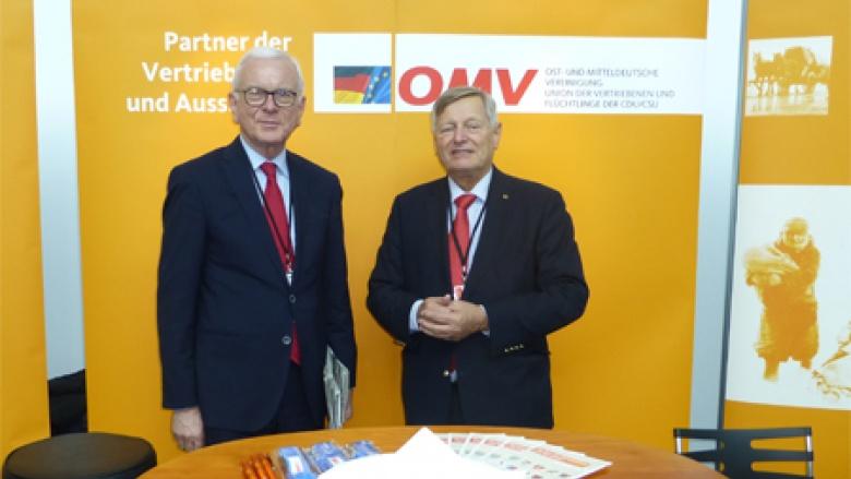 Vorsitzender der Konrad-Adenauer-Stiftung Prof. Dr. Gert Pöttering mit Helmut Sauer