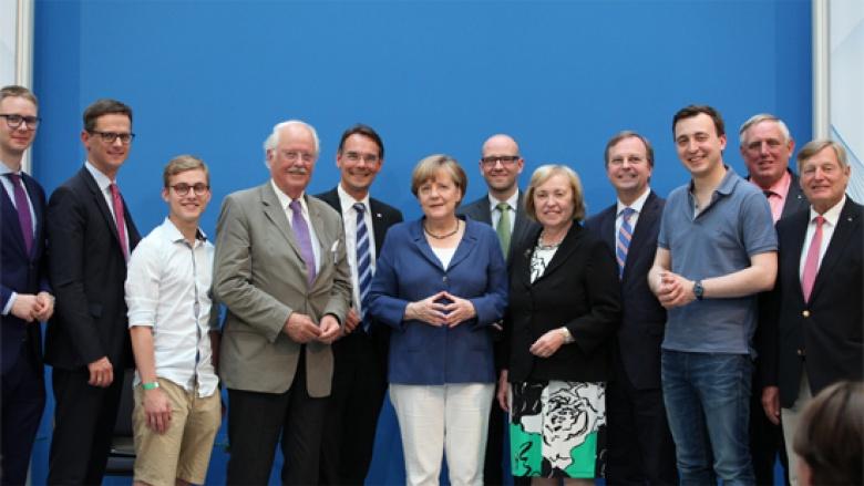 Bundeskanzlerin Dr. Angela Merkel mit allen Vereinigungsvorsitzenden