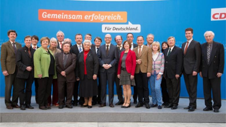 Der OMV-Bundesvorstand mit dem CDU-Generalsekretär Dr. Peter Tauber MdB.