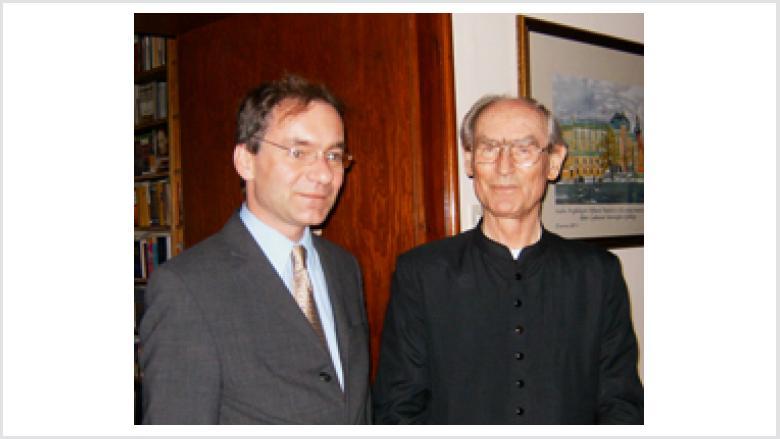 (v.l.n.r.) Oliver Dix mit Erzbischof Prof. Dr. Alfons Nossol