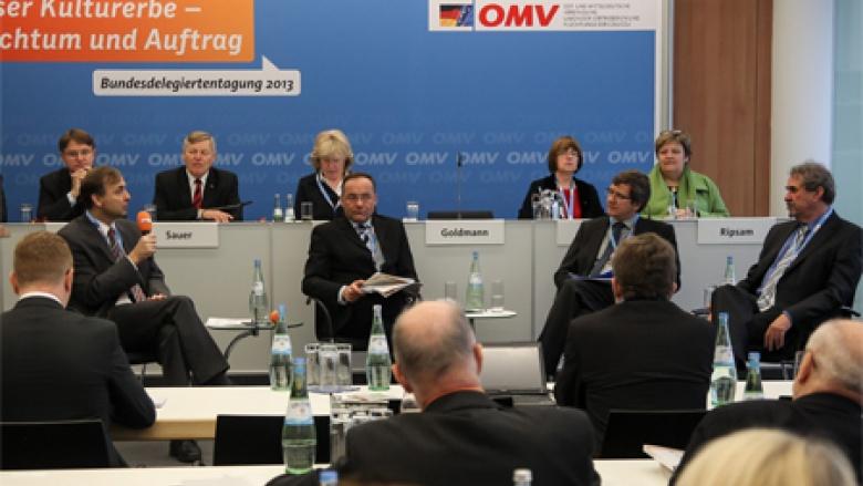 Podiumsdiskussion zur Kulturarbeit nach § 96 BVFG