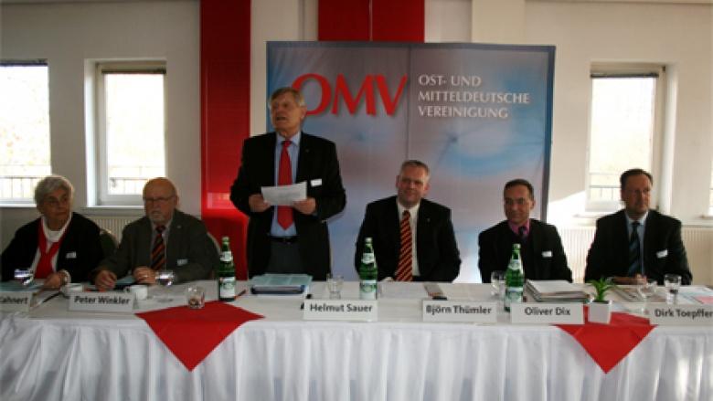 Begrüßung durch den Landesvorsitzenden Helmut Sauer