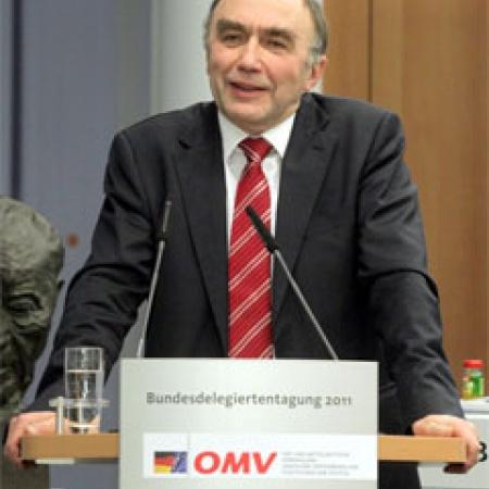 Dr. Christoph Bergner