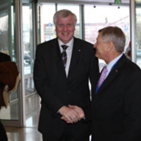 Begrüßung von Horst Seehofer, Ministerpräsident des Freistaates Bayern