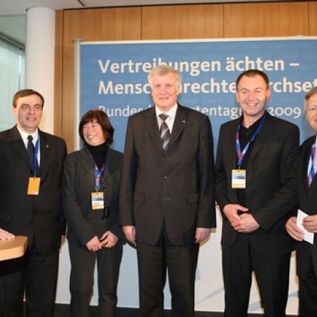 Vertreter der deutschen Minderheit mit Ministerpräsident Seehofer