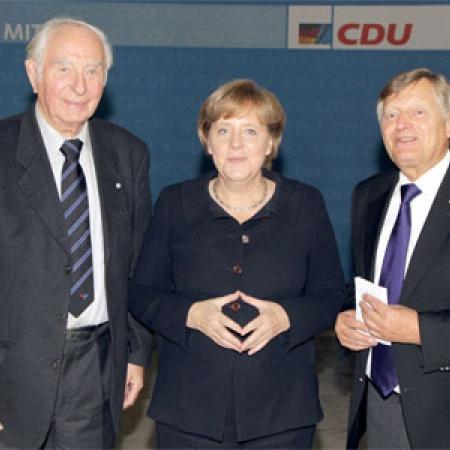 Dr. Sieghard Rost, Dr. Angela Merkel und Helmut Sauer