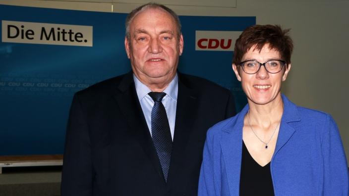 Annegret Kramp-Karrenbauer mit Egon Primas