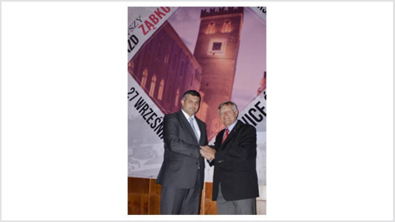 Auch beim Frankensteiner Kulturfest wurde die Zusammenarbeit mit Bürgermeister Marek Orzeszek deutlich.