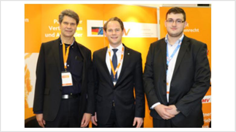v. l.) Alfred Kottisch (OMV NRW/Essen), Steffen Kanitz MdB (Delegierter für NRW/Dortmund)  und Alexej Odesski (OMV-NRW/Dortmund)